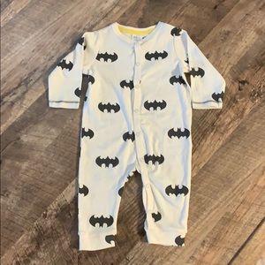 NWOT 3/$15 H&M Batman onesie